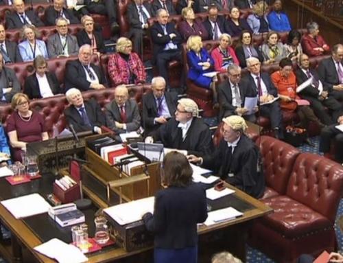Brexit, i Lords approvano diritto di veto del parlamento